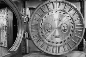 bank_vault_immeuble_du_credit_lyonnais_siege_silver