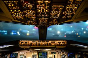 AirplaneCockpit300